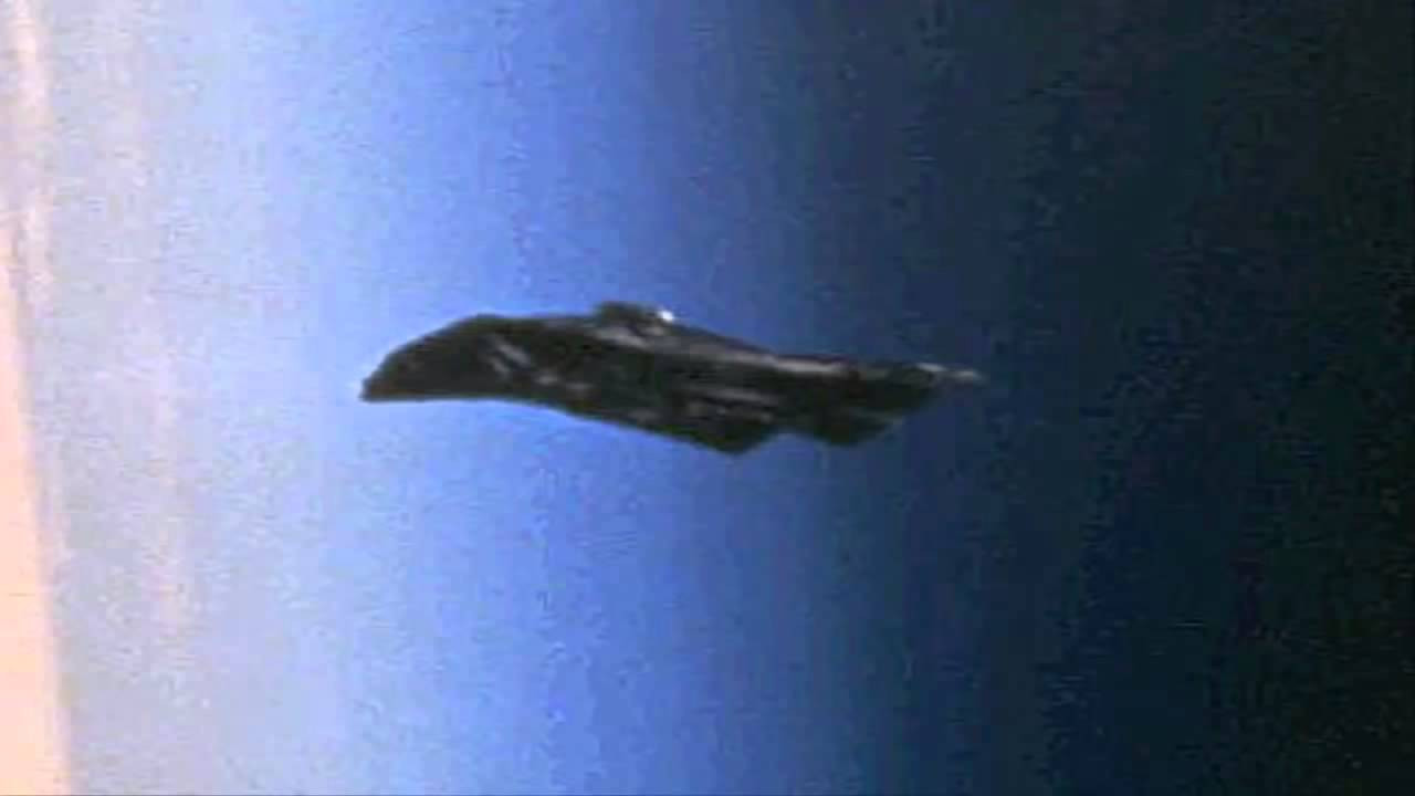 Black_Knight_Satellite_1
